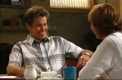 Susan Kennedy, Tom Scully in Neighbours Episode 4522