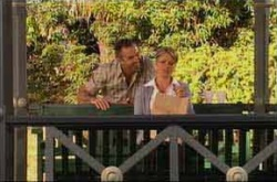Karl Kennedy, Izzy Hoyland in Neighbours Episode 4522