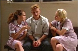 Serena Bishop, Boyd Hoyland, Sky Mangel in Neighbours Episode 4525
