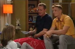 Boyd Hoyland, Max Hoyland, Summer Hoyland in Neighbours Episode 4527