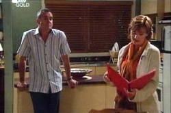 Karl Kennedy, Susan Kennedy in Neighbours Episode 4532