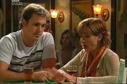 Stuart Parker, Susan Kennedy in Neighbours Episode 4533