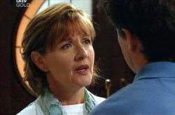 Susan Kennedy, Tom Scully in Neighbours Episode 4535