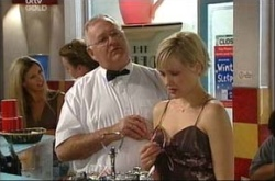 Sindi Watts, Harold Bishop in Neighbours Episode 4539