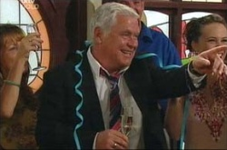 Lou Carpenter in Neighbours Episode 4541