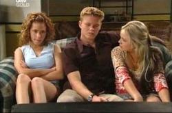 Serena Bishop, Boyd Hoyland, Sky Mangel in Neighbours Episode 4541