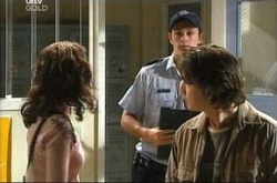 Libby Kennedy, Stuart Parker, Darren Stark in Neighbours Episode 4542