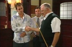 Stuart Parker, David Bishop, Harold Bishop in Neighbours Episode 4543