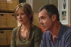 Karl Kennedy, Steph Scully in Neighbours Episode 4544
