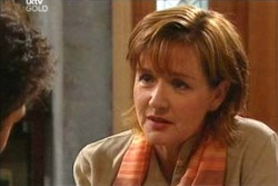 Susan Kennedy, Tom Scully in Neighbours Episode 4545