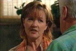 Susan Kennedy, Lou Carpenter in Neighbours Episode 4545