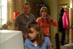 Max Hoyland, Summer Hoyland, Steph Scully in Neighbours Episode 4547
