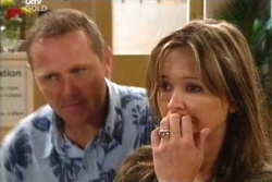 Max Hoyland, Steph Scully in Neighbours Episode 4548