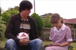 Jack Scully, Summer Hoyland in Neighbours Episode 4559