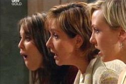 Libby Kennedy, Susan Kennedy, Sindi Watts in Neighbours Episode 4560
