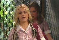 Lana Crawford, Sky Mangel in Neighbours Episode 4561