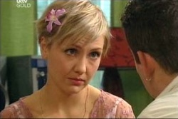 Sindi Watts, Toadie Rebecchi in Neighbours Episode 4563