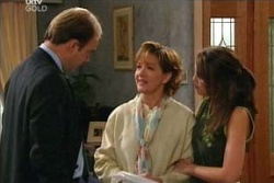 Tim Collins, Susan Kennedy, Libby Kennedy in Neighbours Episode 4565