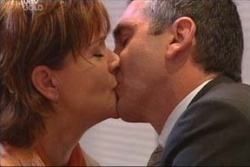 Susan Kennedy, Karl Kennedy in Neighbours Episode 4567