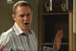 Max Hoyland in Neighbours Episode 4569