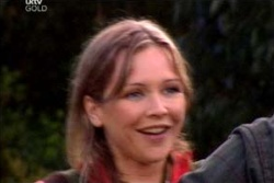 Steph Scully in Neighbours Episode 4572