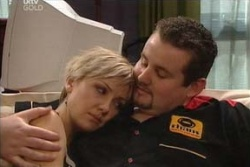 Sindi Watts, Toadie Rebecchi in Neighbours Episode 4574