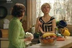 Susan Kennedy, Sindi Watts in Neighbours Episode 4575