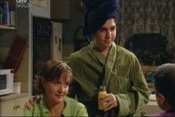 Susan Kennedy, Stingray Timmins in Neighbours Episode 4575