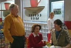 Harold Bishop, Lyn Scully, Jack Scully in Neighbours Episode 4579