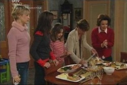 Sindi Watts, Libby Kennedy, Summer Hoyland, Susan Kennedy, Lyn Scully in Neighbours Episode 4580