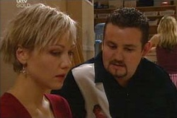 Toadie Rebecchi, Sindi Watts in Neighbours Episode 4581
