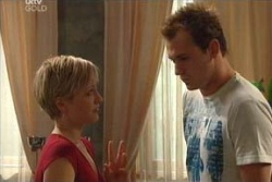Sindi Watts, Stuart Parker in Neighbours Episode 4581