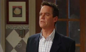 Paul Robinson in Neighbours Episode 4803
