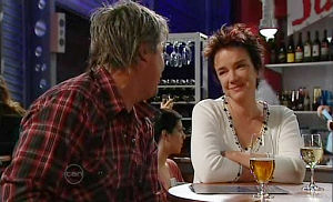 Lyn Scully, Joe Mangel in Neighbours Episode 4803