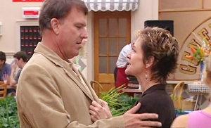 Alex Kinski, Susan Kennedy in Neighbours Episode 4804