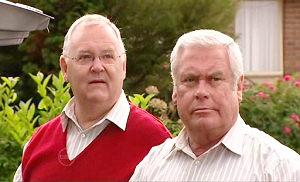 Harold Bishop, Lou Carpenter in Neighbours Episode 4804
