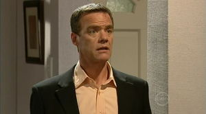 Paul Robinson in Neighbours Episode 5182