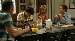 Karl Kennedy, Zeke Kinski, Rachel Kinski, Susan Kennedy in Neighbours Episode 5184