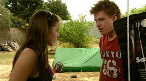 Louise Carpenter (Lolly), Ringo Brown in Neighbours Episode 5186