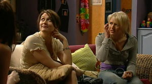 Rosie Cammeniti, Pepper Steiger, Carmella Cammeniti in Neighbours Episode 5188