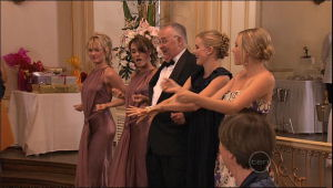 Pepper Steiger, Carmella Cammeniti, Harold Bishop, Elle Robinson, Janae Timmins in Neighbours Episode 5261