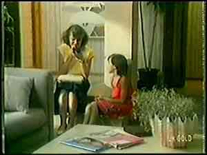 Julie Robinson, Lucy Robinson in Neighbours Episode 0020