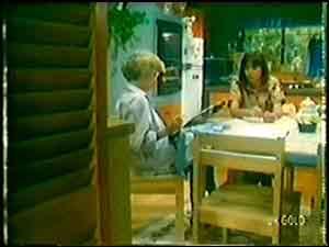 Helen Daniels, Maria Ramsay in Neighbours Episode 0020
