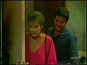 Daphne Clarke, Paul Robinson in Neighbours Episode 0021