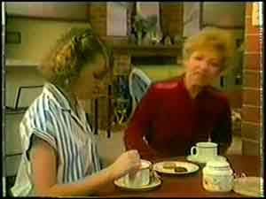 Julie Robinson, Eileen Clarke in Neighbours Episode 0021