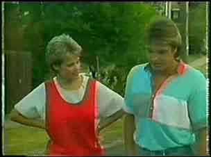 Daphne Clarke, Shane Ramsay in Neighbours Episode 0023