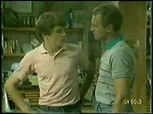 Jim Robinson, Scott Robinson in Neighbours Episode 0023