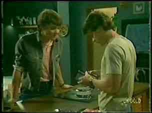 Paul Robinson, Scott Robinson in Neighbours Episode 0023