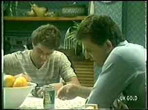 Paul Robinson, Des Clarke in Neighbours Episode 0024