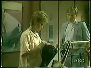 Daphne Clarke, Father Kevin Barry in Neighbours Episode 0025